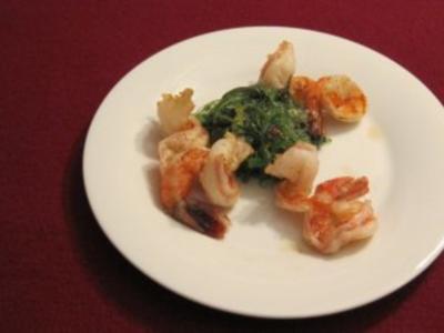 Galle style Gambas auf Algensalat - Rezept