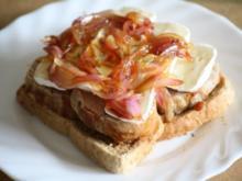 Filettoast mit Camembert und Balsamicozwiebeln - Rezept