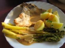 Gebratener grüner Spargel mit Koteletts an Petersilien- Kartöffelchen - Rezept