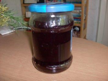 Johannisbeergelee mit Weinbrand - Rezept