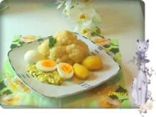 Blumenkohl mit Eiern auf Dillsauce und Kartoffeln. - Rezept