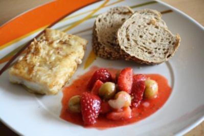 Bratfisch mit Erdbeer-Relish - Rezept