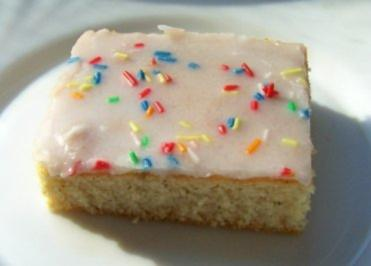 Rezept: Backen: Einfacher Fanta-Blechkuchen