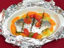 Wolfsbarsch in der Tüte mit Gemüse, roten Linsen und Joghurt - Rezept