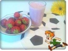 WM  2010 :  Erdbeeren - Kefir  Cocktail - Rezept