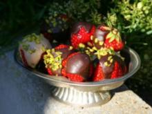 Erdbeeren mit Schoko Glasur - Rezept