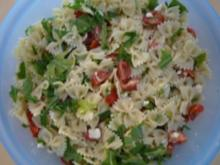 Tomaten Feta Rucola Nudel Salat - Rezept