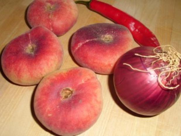 Weinberg-Pfirsich-Salat mit Pfeffersteak - Rezept - Bild Nr. 2