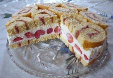 Rezept: Erdbeerschnecken-Torte