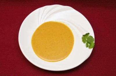 Scharfe Suppe von roten Linsen (Kalle Pohl) - Rezept