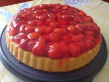 Erdbeer-Pudding-Torte - Rezept