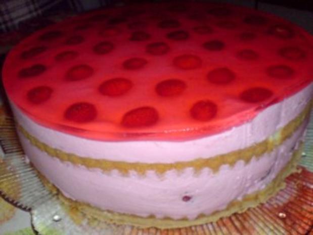 Erdbeer-Joghurt-Torte - Rezept - Bild Nr. 21