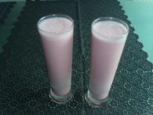 Getränke: Erdbeerbuttermilch - Rezept
