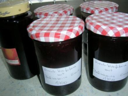Kirschkonfitüre mit Balsamico Essig und schwarzem Pfeffer - Rezept