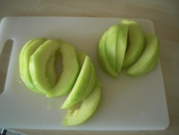 Lavendelkonfierte Melonen mit gebackenem Ziegenkäse - Rezept - Bild Nr. 3