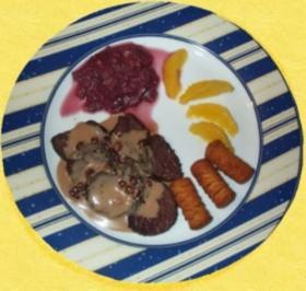 Kängurufilet in Preiselbeer-Rotweinsosse - Rezept