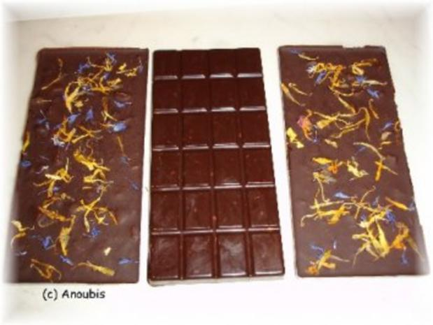 Nascherei - Schokolade mit Tonkabohne und Macadamia - Rezept