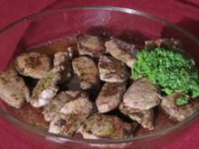 Medaillons vom Maibock an Kartoffelgratin nach Art des Hauses mit Salat - Rezept