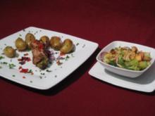 Schweinerouladen mit Rucola und Parmesan vom Grill an gegrillten Kartoffeln - Rezept