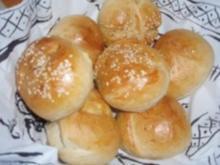 Brot: BRÖTCHEN - Rezept