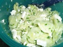 Schafskäse-Gurken-Salat - Rezept