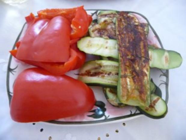 Fisch : Geräucherte Forelle mit Kartoffelsalat und Grillzucchini - Rezept - Bild Nr. 7