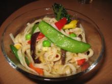Chinesischer-Reis-Bandnudel-Salat - Rezept