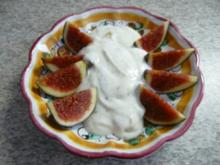 Dessert :  Feigen an Naturjoghurt mit selbstgemachter Kürbismarmelade - Rezept