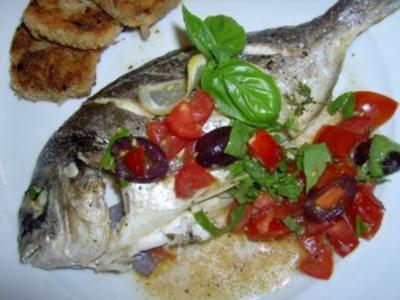 Dorade mit Basilikum-Tomaten und Gemüsetaler - Rezept
