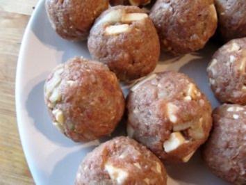 Mini-Frikadellen mit Feta - Rezept