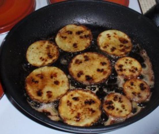 Gebratene Putenbruststreifen mit Zwiebeln und gebratenen gelb/grünen Zucchinischeiben - Rezept - Bild Nr. 3
