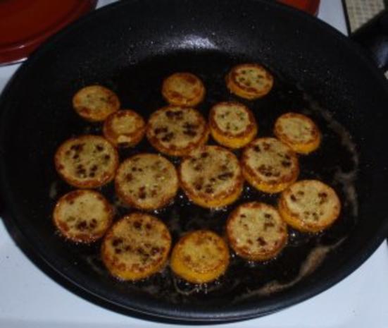 Gebratene Putenbruststreifen mit Zwiebeln und gebratenen gelb/grünen Zucchinischeiben - Rezept - Bild Nr. 4