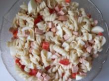 Salat: Nudel-Wurst-Salat - Rezept