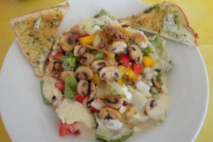 Gemischter Salat der Saison - Rezept
