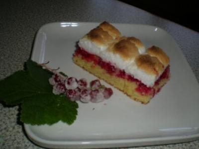 Ribisel Kuchen mit Schneehaube - Rezept