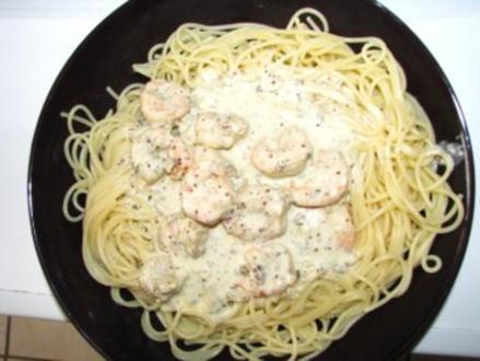 Garnelen in Kräuter-Weißweinsoße mit Spaghetti - Rezept