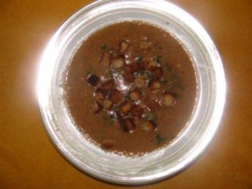 Suppe : -Meine eingebrannte Grießsuppe- - Rezept