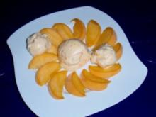 Cremiges Pfirsich-Eis - Rezept