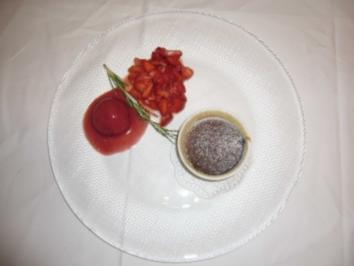 Topfensoufflee mit Erdbeer-Rosmarin-Sorbet - Rezept