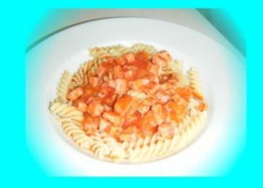 Tomatensoße mit Jagdwurst - Rezept