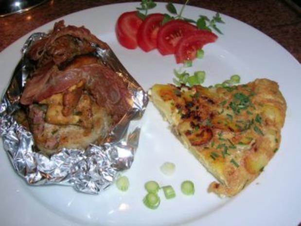 Duroc (Eichel-)Schweinesteaks im Überraschungspäckchen mit Tortilla und Pfifferlingen - Rezept