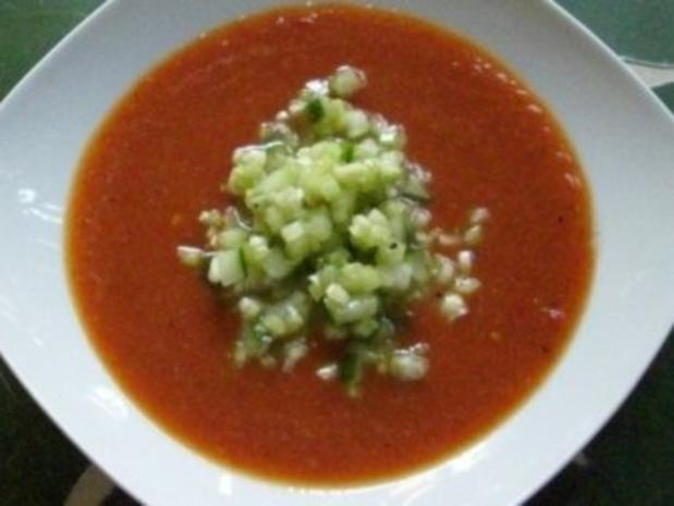 Suppe : Wer`s heiß mag, probiert meine kalte Paprikasuppe mit Sellerie-Salsa - Rezept - Bild Nr. 2