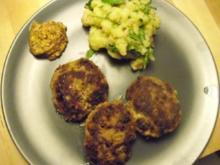 Fleischpflanzerl mit Kartoffel-Rucola-Salat - Rezept