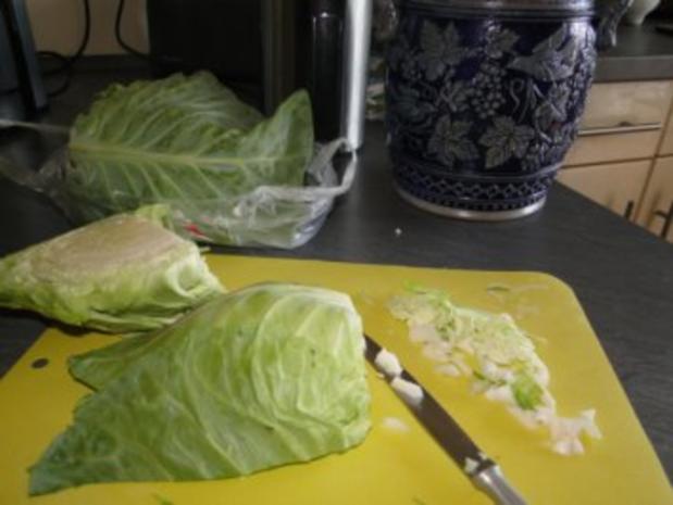 Spitzkohlsalat mit Möhren und Paprika         (Foto) - Rezept - Bild Nr. 3