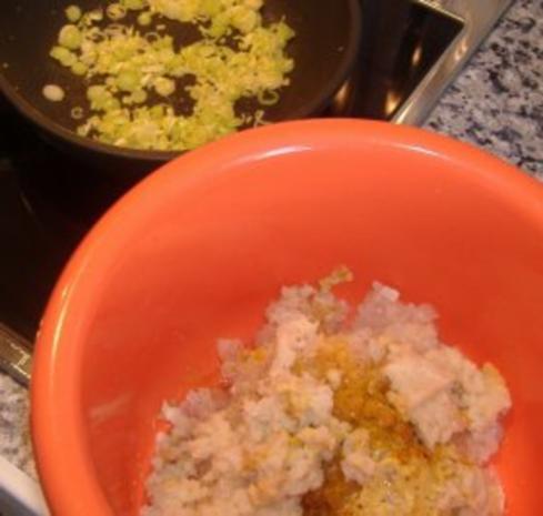 Möhneseer Fischfrikadellen auf  lauwarmen Gurkensalat - Rezept - Bild Nr. 2