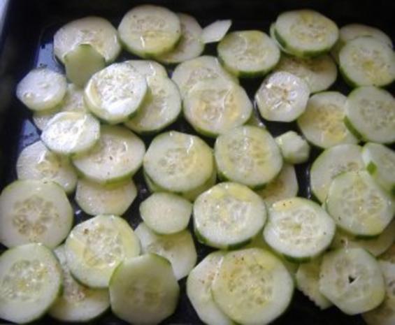 Möhneseer Fischfrikadellen auf  lauwarmen Gurkensalat - Rezept - Bild Nr. 3