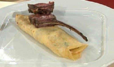 Kotelett vom Reh mit Blutorangen-Pfeffer-Sauce und Lavendel-Crêpes à la Baudrexel - Rezept