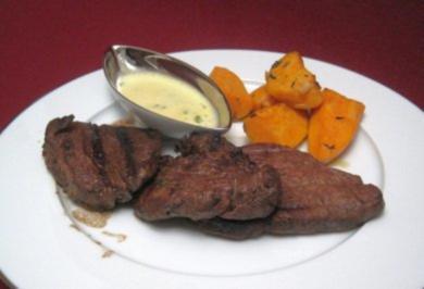 Bisonfilet mit gegrillten Süßkartoffeln und Sauce Béarnaise - Wild Wild West - Rezept