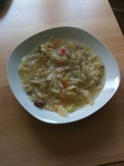 Kohlsuppe mit Hackfleisch - Rezept