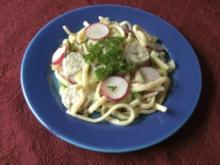 Spätzlesalat mit Weißwurscht - Rezept
